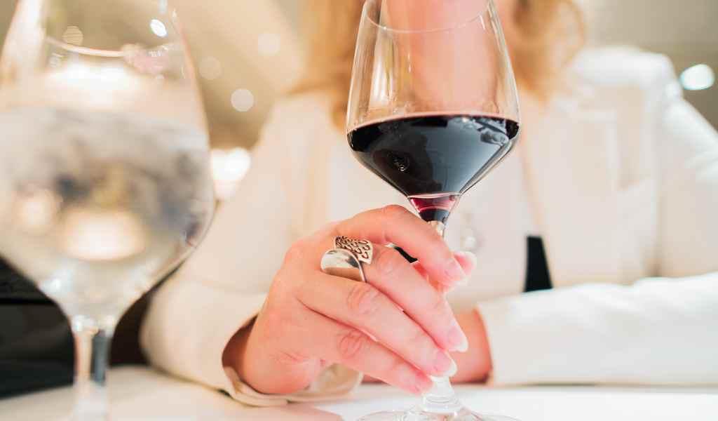 Лечение женского алкоголизма в Дорохово анонимно